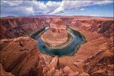 horseshoe-bend-ship